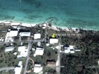 Seagrape by the Sea, walk to town, 2/1, amazing views, Marsh Harbour,  Abaco