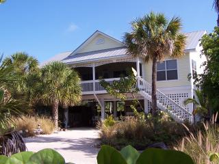 North Captiva Hidden Beach House with Private Pool 1 Night free July 13-20
