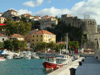 Old Town 2 Double Bedroom Apartment by the sea - Herceg Novi