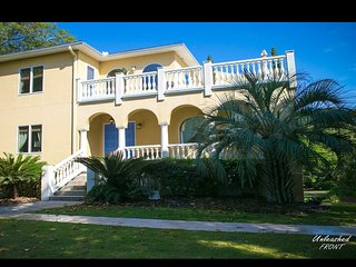 SPECIAL! Unleashed Folly Beach meets Mediterranean Villa by the Ocean