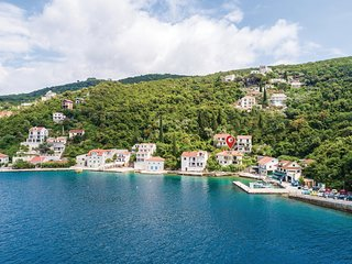 Awesome home in Herceg Novi w/ WiFi and 3 Bedrooms