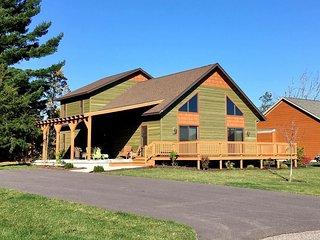 Aspen Chalet at Spring Brook Resort | Incredible Two Story Chalet in Wis Dells
