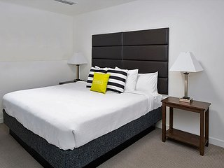 Appealing Stay Alfred at Nexus PDX