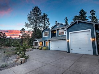 Holland Retreat  - Luxury 6 bedroom home in Flagstaff.  Sedona, Grand Canyon