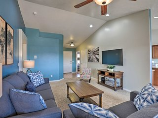 NEW! Luxe Home w/Covered Patio <5Mi to Lake Powell
